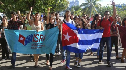 Cubans celebrate news of US-Cuba thaw